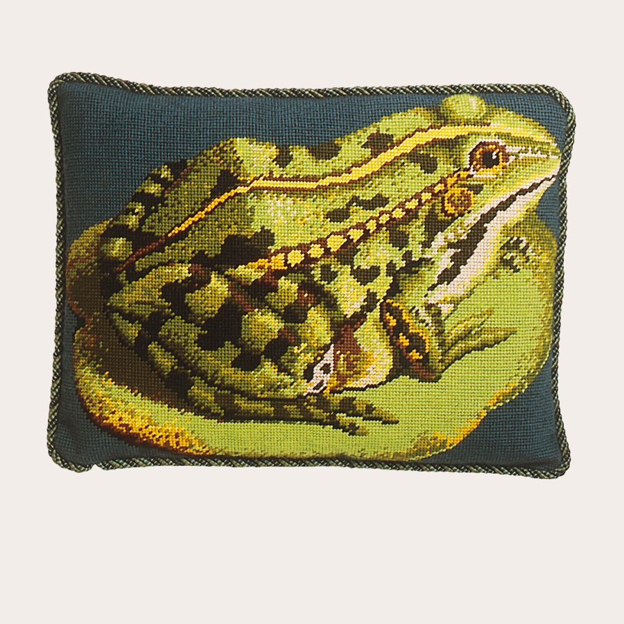 """GRAFITEC PRINTED COLOR NEEDLEPOINT CANVAS FROG ON LILY PAD CANVAS SIZE 18/"""" X 18/"""""""